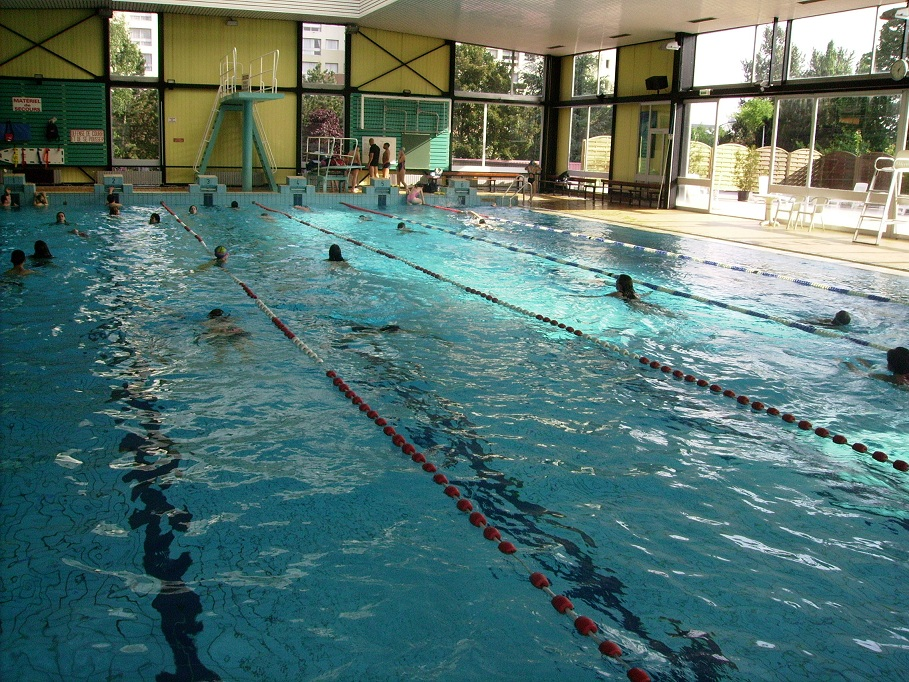 Piscine d erstein horaires for Piscine briancon horaire